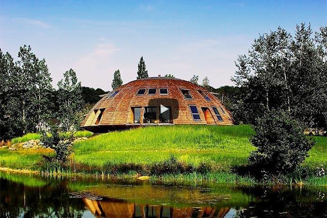 Menschlich bauen – Natürlich pflanzen – Sinn erfüllt leben: Perma-Architektur